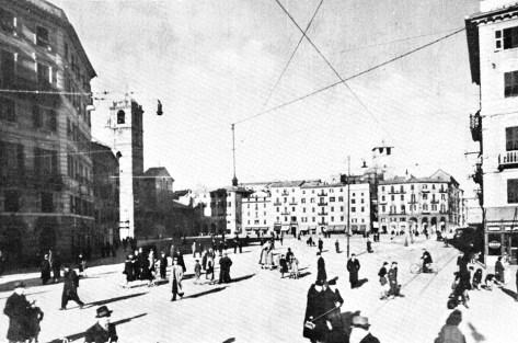 La guerra impedì la realizzazione di un edificio governativo progettato dall'architetto Campora.